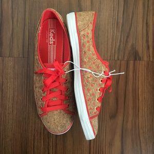 KEDS    cork orange Polk a dot sneakers 9.5